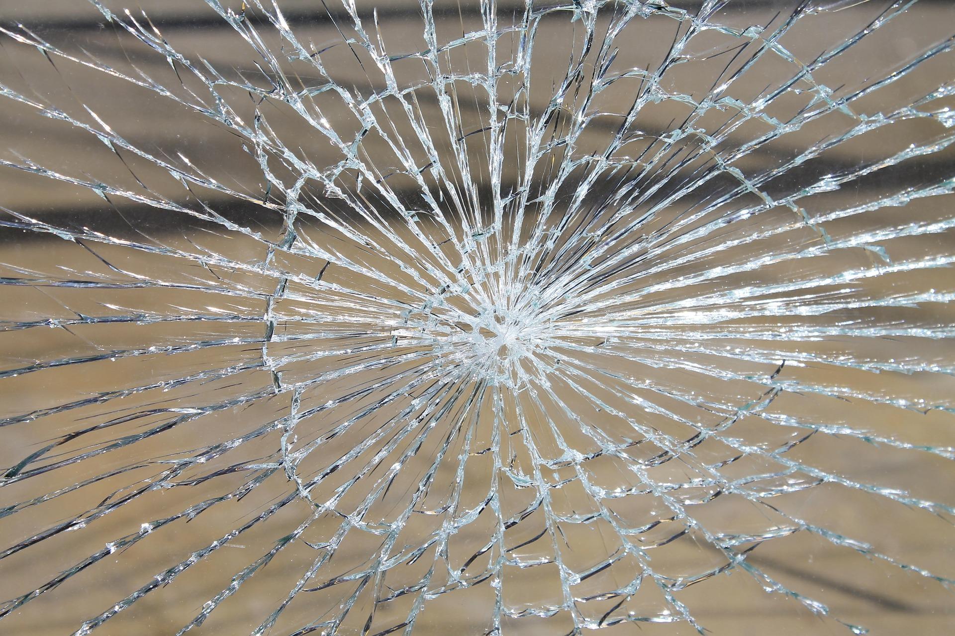 vetro danneggiato