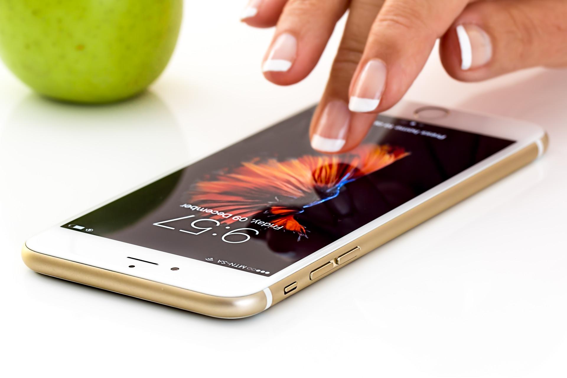 Si può usare lo Smartphone per collegare una telecamera IP