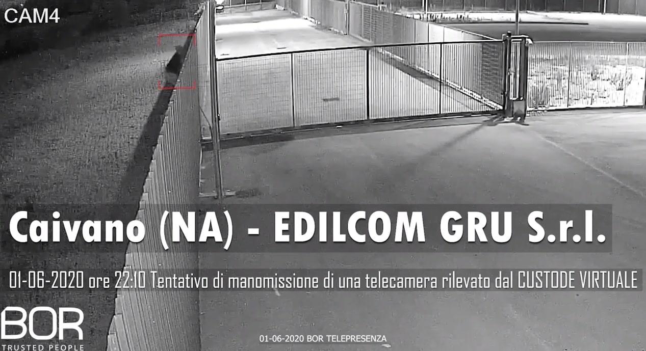 Tenta di manomettere la telecamera presso EDILCOM S.r.l. ma viene fermato da BOR