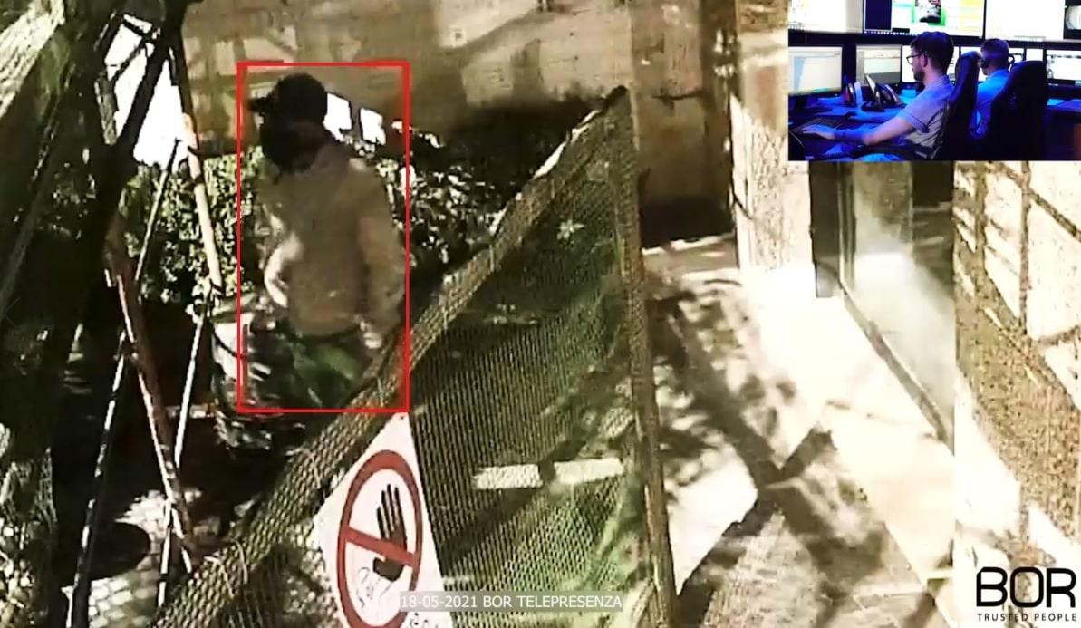 Napoli: sconosciuti allontanati da un cantiere edile allestito per la ristrutturazione di un palazzo